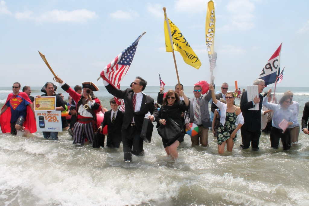 The annual business persons plunge in OCNJ, photo by Josh Kinney